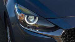 Mazda2 Skyactiv-G M Hybrid: le luci frontali full-LED