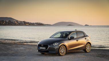 Mazda2 Skyactiv-G M-Hybrid: un tramonto suggestivo