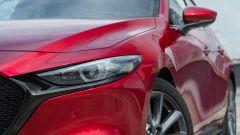 Mazda3 2.0 Skyactiv G M Hybrid Exclusive, il gruppo ottico anteriore