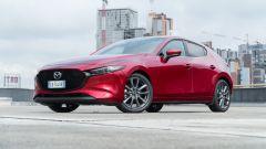 Mazda3 2.0 Skyactiv G M Hybrid Exclusive, vista 3/4 anteriore