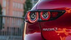 Mazda3: dettaglio della fanaleria posteriore