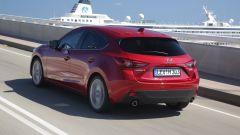 Mazda3 SkyActiv-D 1.5: il piccolo turbodiesel supera la prova - Immagine: 10