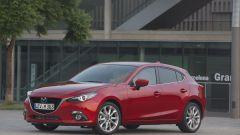 Mazda3 SkyActiv-D 1.5: il piccolo turbodiesel supera la prova - Immagine: 13