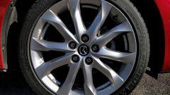 Mazda3 SkyActive-D 1.5 diesel: dettaglio della ruota
