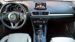 Mazda3 SkyActive-D 1.5 diesel: la plancia