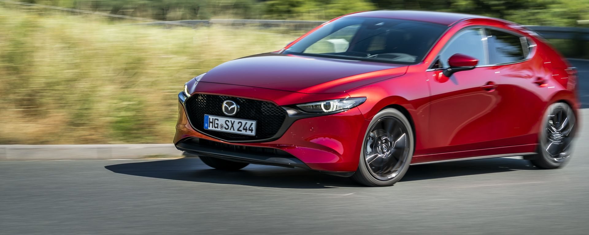Mazda3: vista 3/4 anteriore