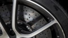 McLaren 570S, freni carboceramici