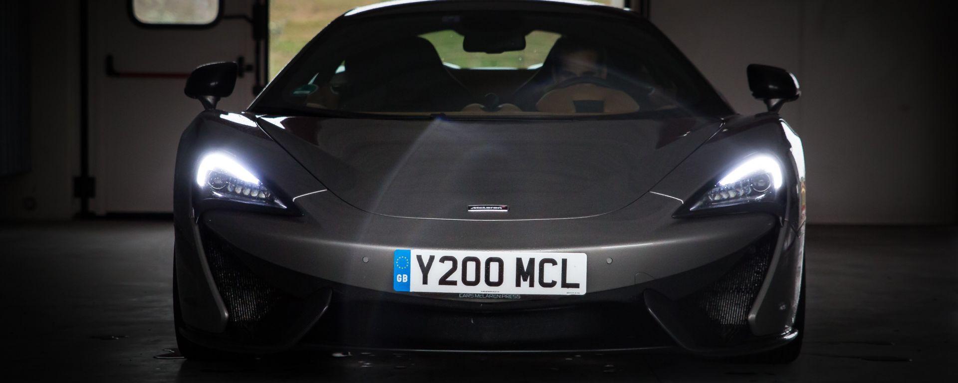 McLaren 570S, frontale