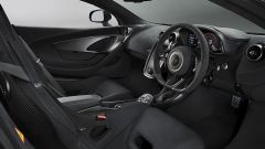 McLaren 570S: sedili in carbonio e Alcantara al posto del cuoio per fanno risparmiare 25 kg