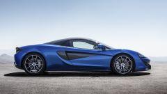 McLaren 570S Spider: vento tra i capelli ad alta velocità - Immagine: 4