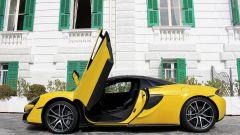 McLaren 570S Spider: un sogno a cielo aperto su quattro ruote - Immagine: 7