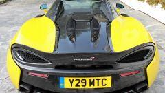 McLaren 570S Spider: un sogno a cielo aperto su quattro ruote - Immagine: 10