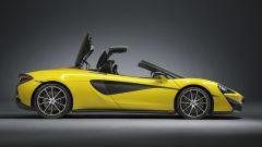 McLaren 570S Spider: un sogno a cielo aperto su quattro ruote - Immagine: 24