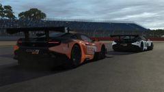 McLaren 650S GT3 in battaglia