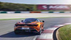 McLaren 720S in azione (3)
