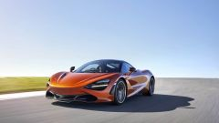 McLaren 720S in azione (4)