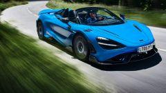 Nuova McLaren 765LT Spider: peso, prezzo, prestazioni. Il video