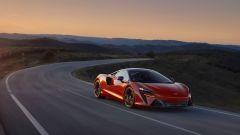 McLaren Artura: visuale di 3/4 anteriore