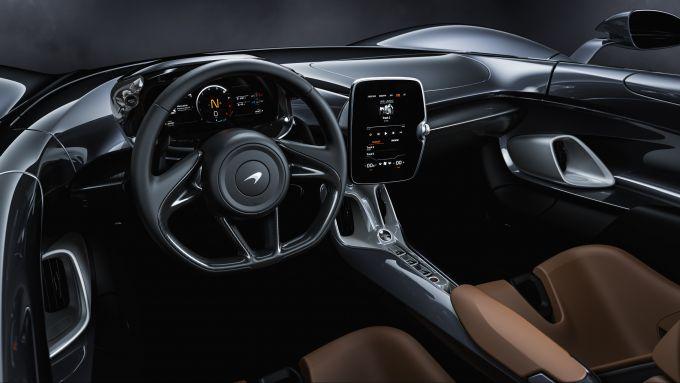 McLaren Elva, gli interni