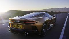 McLaren GT, vista 3/4 posteriore