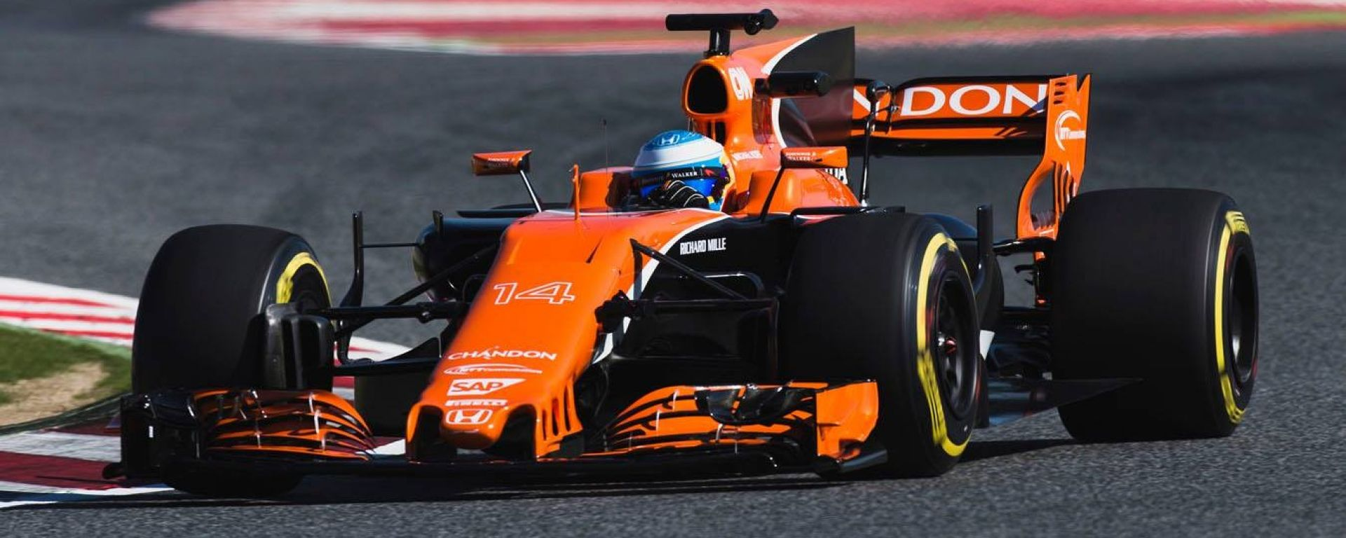 F1 2018: la McLaren MCL33 protagonista di un filming day prima di Barcellona - MotorBox