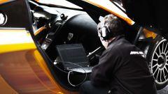 McLaren MP4-12C GT3: 16 nuove spettacolari foto in HD - Immagine: 37