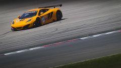McLaren MP4-12C GT3: 16 nuove spettacolari foto in HD - Immagine: 12