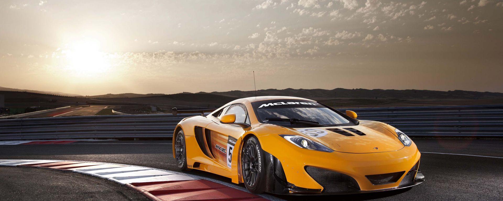 McLaren MP4-12C GT3: 16 nuove spettacolari foto in HD
