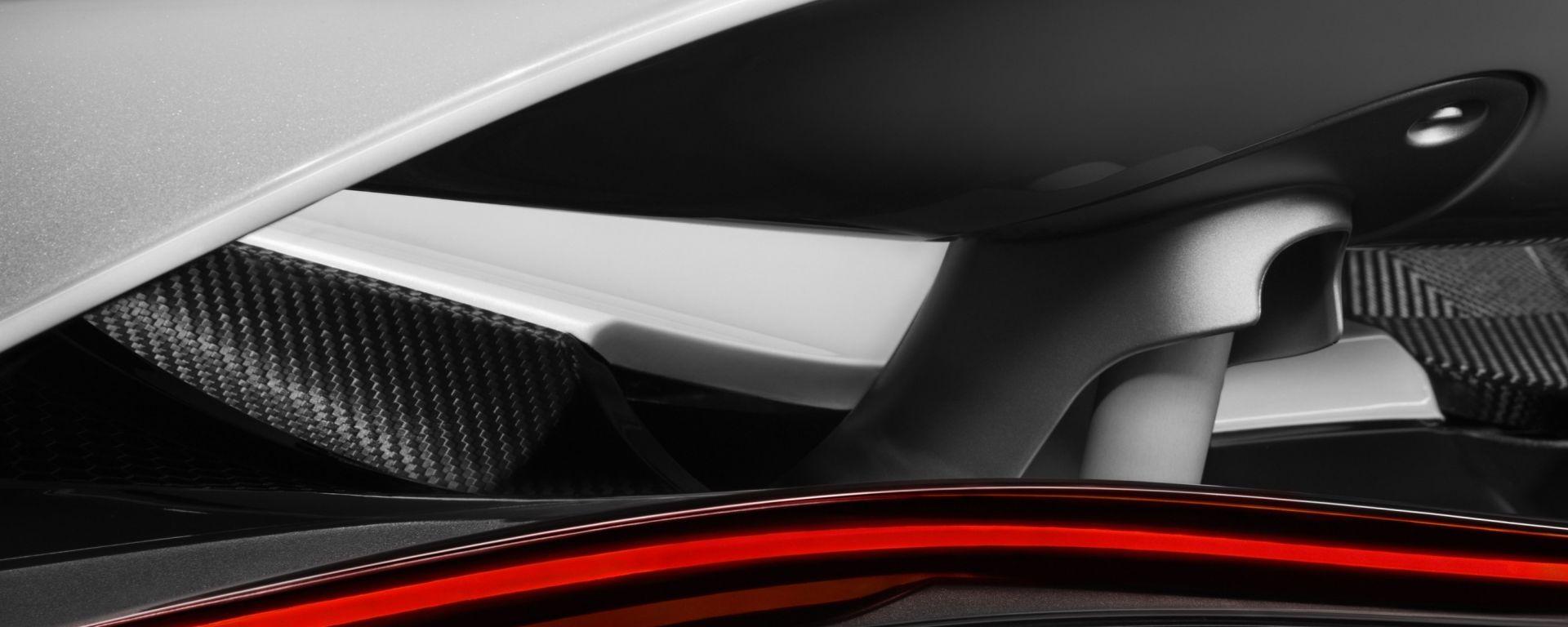 McLaren: un'immagine teaser mostra l'ala posteriore dell'erede della 650S