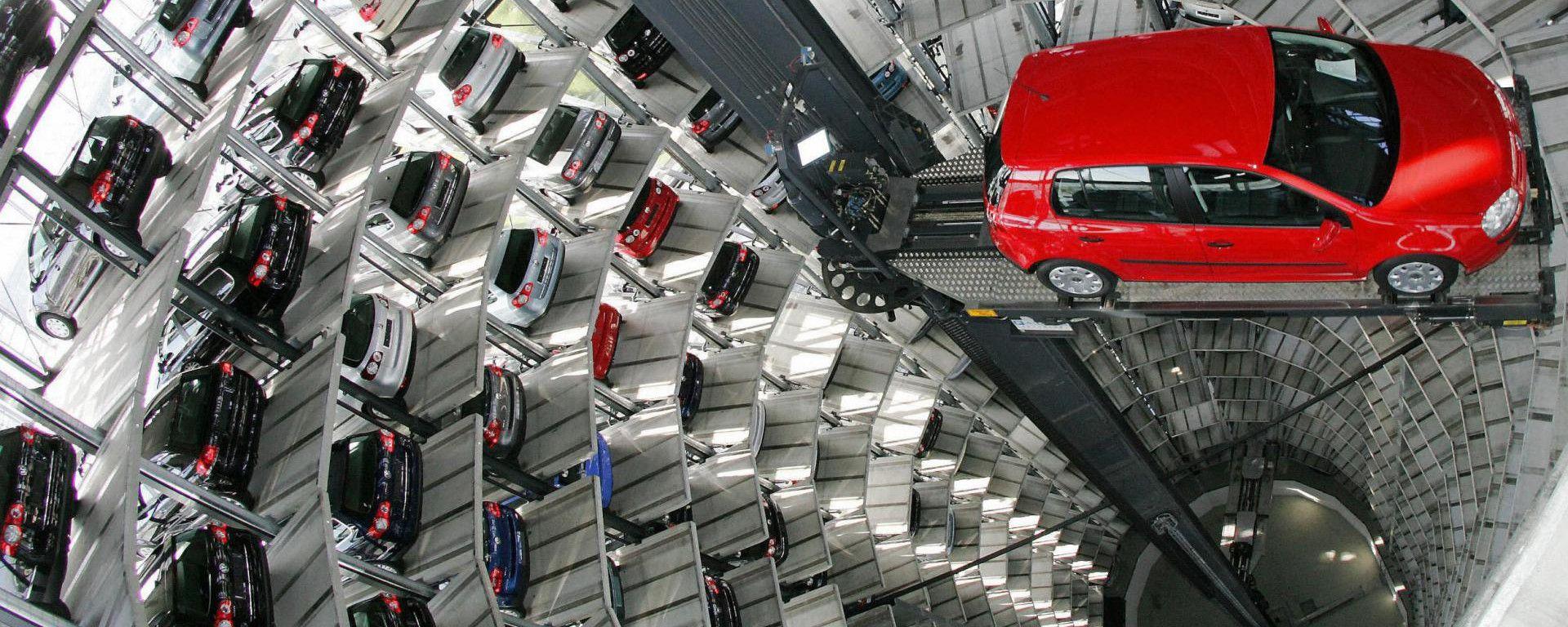 Mercato auto, a maggio 2019 torna il segno meno