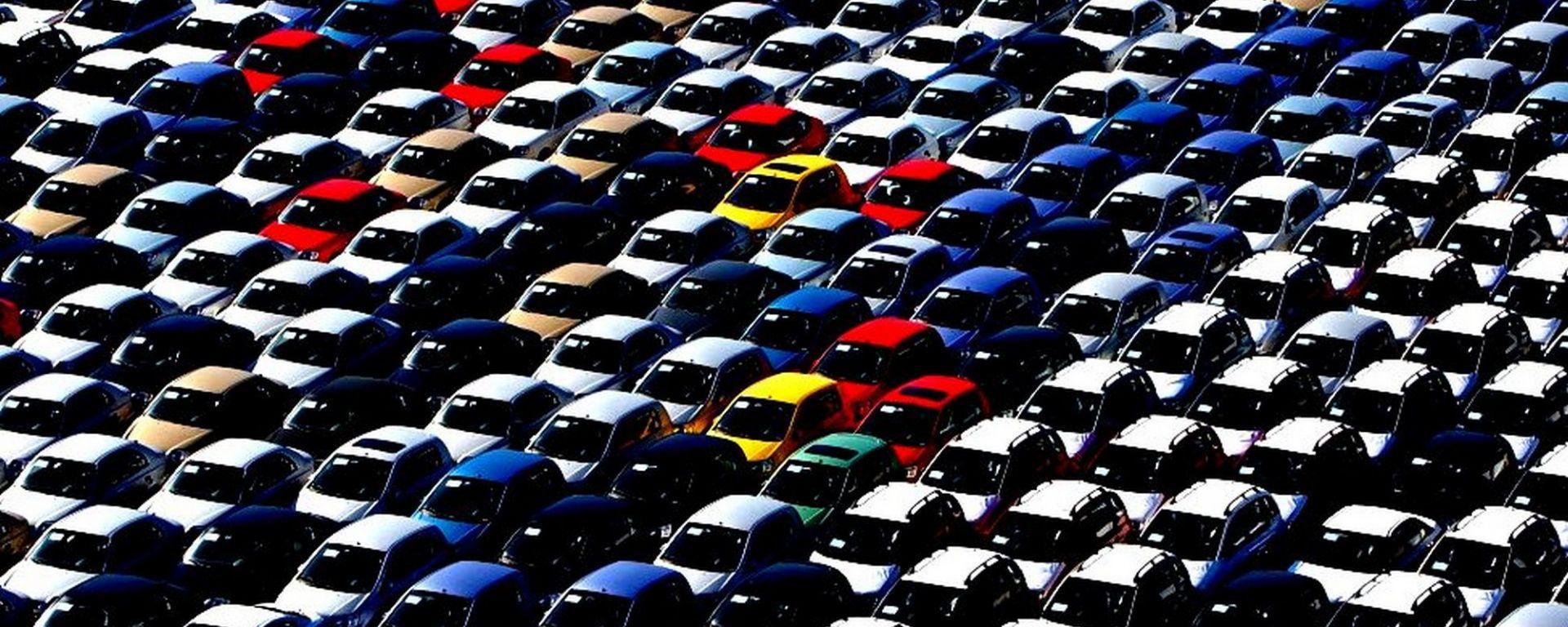 Mercato Auto: a marzo calo del 5,7%