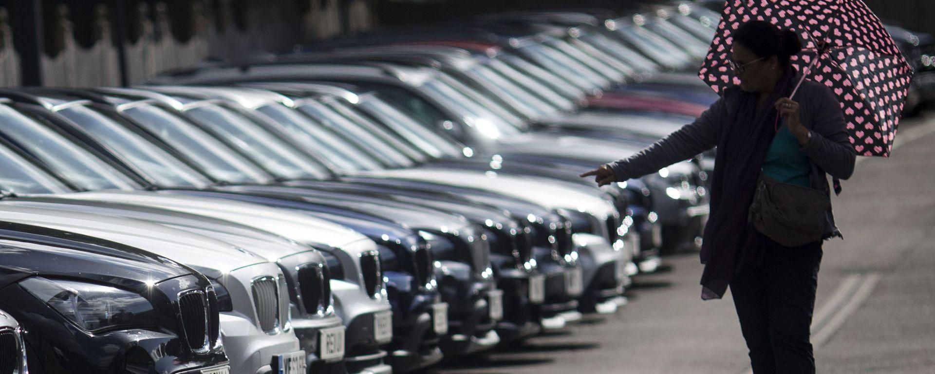Mercato auto aprile 2021: profondo rosso anche in Europa