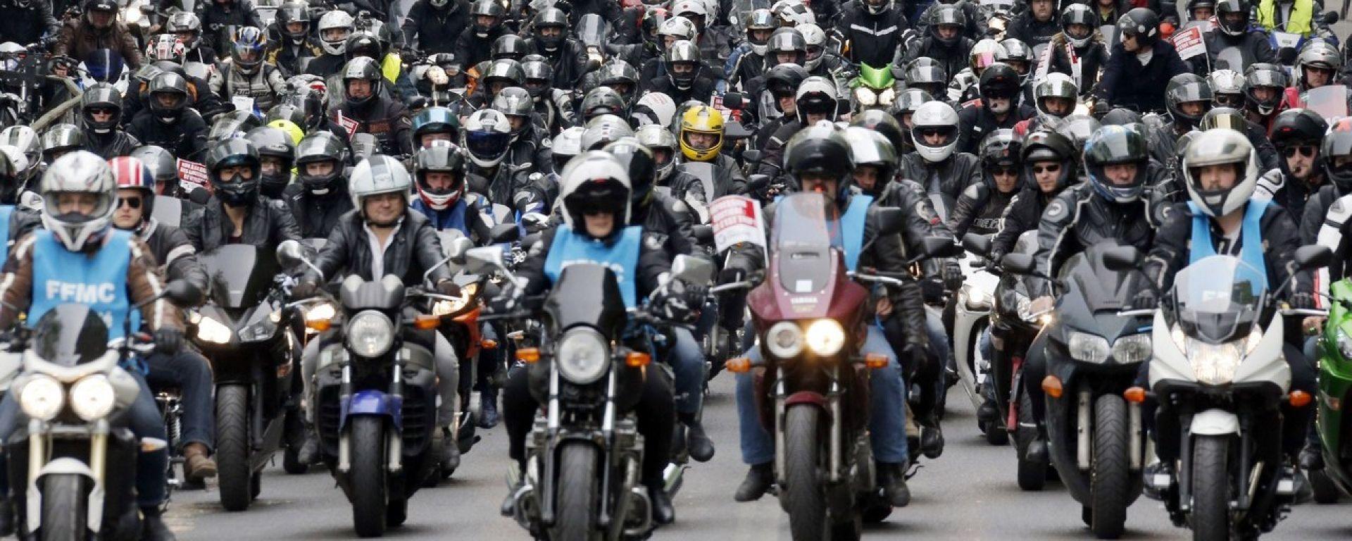 Mercato moto luglio 2016: vendite in flessione, ma c'è voglia di viaggiare