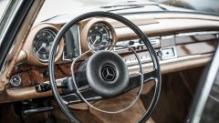 Mercedes 280 SE: la plancia
