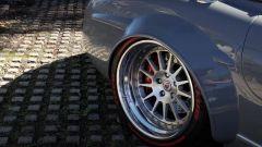 Mercedes 300 SL: John Sarkisyan ha fatto modificare cerchi, dischi dei freni e gomme