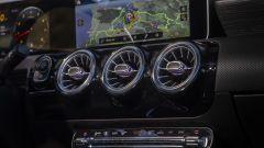 Mercedes A 200d Automatic: dettaglio delle bocchette di aerazione