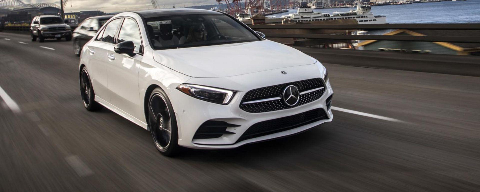 Mercedes A 200d Automatic: motore da 150 CV e 320 Nm