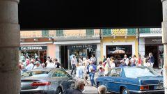 Mercedes corre alla Mille Miglia un pezzo di museo e lancia il racconto Instagram - Immagine: 14