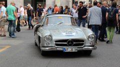 Mercedes corre alla Mille Miglia un pezzo di museo e lancia il racconto Instagram - Immagine: 17