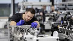 Mercedes Amg A45 2019 la fabbrica