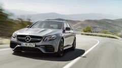 Mercedes-AMG E63, la trazione integrale 4Matic+ porta fino al 100% di coppia dietro