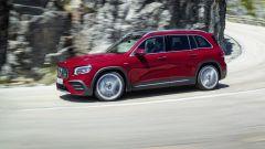 Mercedes-AMG GLB 35: SUV a 7 posti da 306 CV. I prezzi