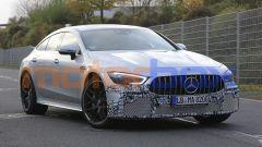 Mercedes-AMG GT 4, la super coupé si aggiorna. Foto spia - Immagine: 2