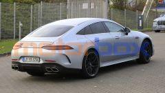 Mercedes-AMG GT 4, la super coupé si aggiorna. Foto spia - Immagine: 4