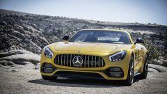 Mercedes-AMG GT C Roadster: cabrio brutale e confortevole - Immagine: 11