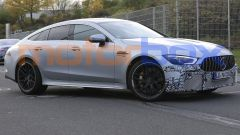 Mercedes-AMG GT Coupé 4, foto spia dal 'Ring