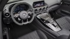 Mercedes AMG GT: i nuovi interni