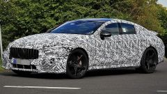 Mercedes-AMG GT quattro porte: vista 3/4 anteriore