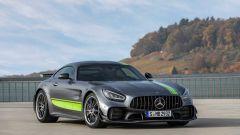 Mercedes-AMG GT R PRO: l'anello di congiunzione tra strada e pista - Immagine: 2
