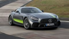 Mercedes-AMG GT R PRO: l'anello di congiunzione tra strada e pista - Immagine: 1